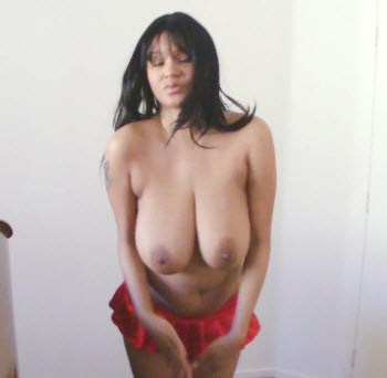 Bouncing boobs in hd
