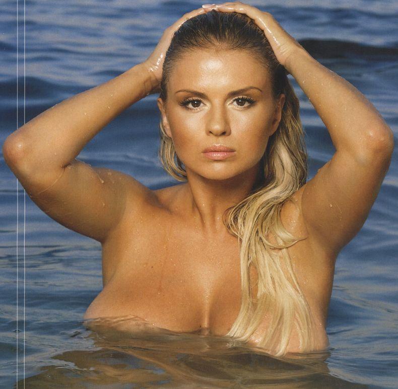 Giuliana (60) nadia (20) video online