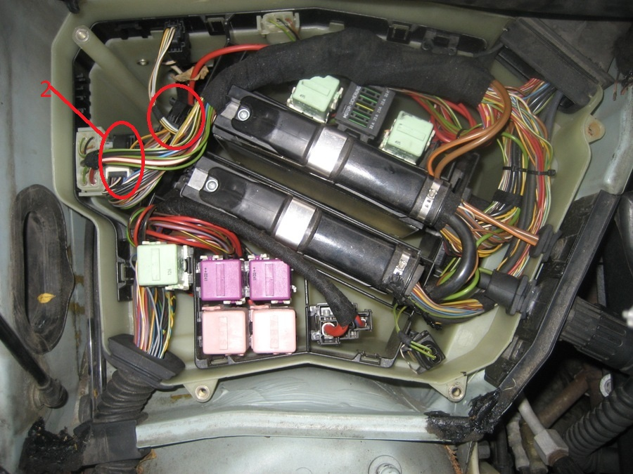 13 ENGINE Replacing Your Starter furthermore Watch likewise Showthread together with 108 FUEL Fuel Pump Testing additionally Fuses And Relay Bmw 5 E39. on 2003 bmw 325ci fuse box diagram