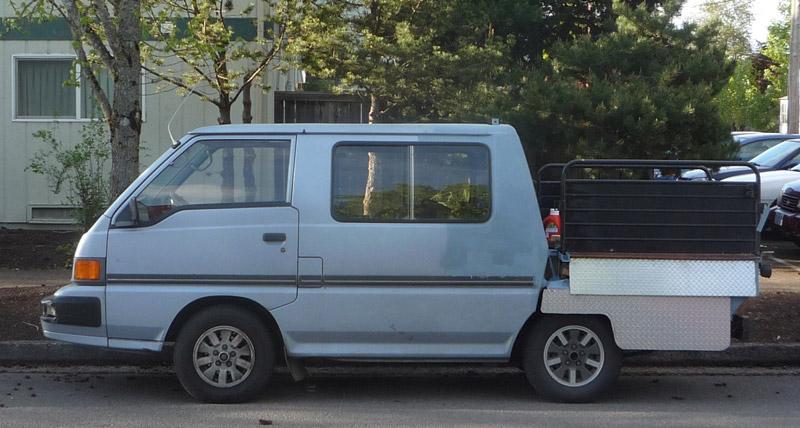 [Pilt: MitsubishiDelica.jpg]