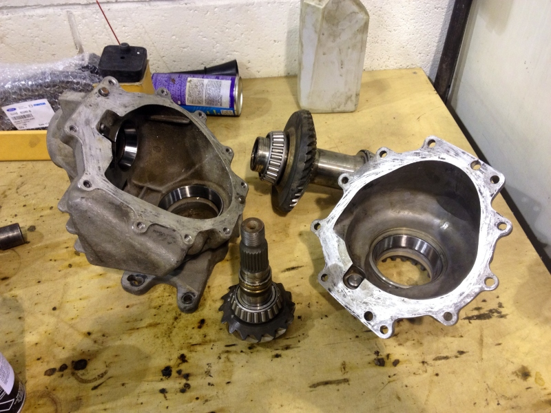 Angle gear rebuild & research about the reason for failure