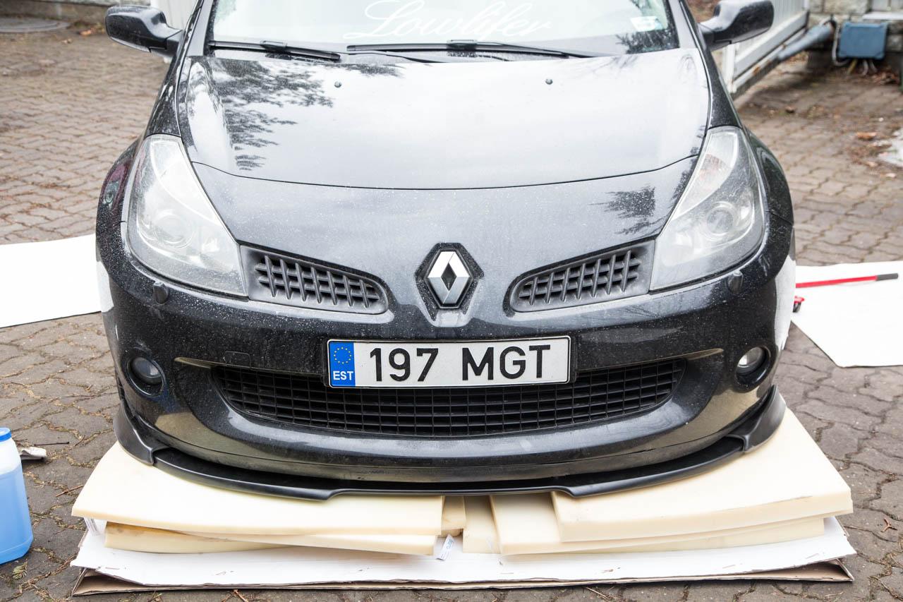 Kapsu: Renault Clio 197 Lip-3958