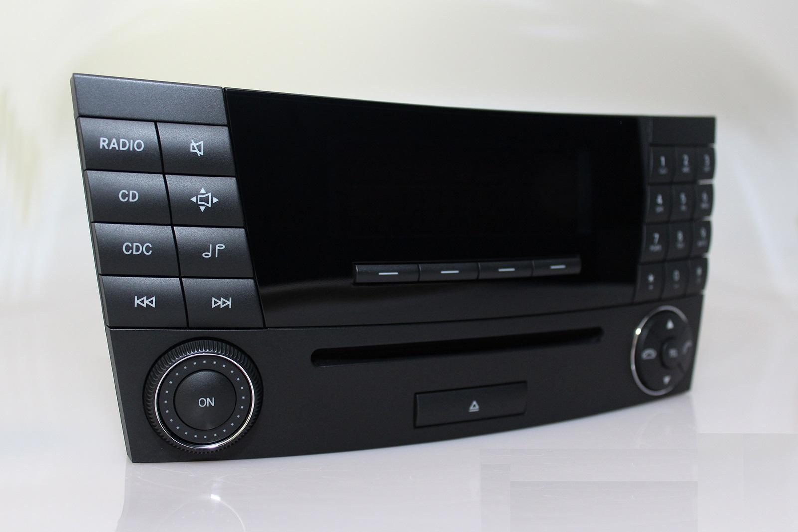 [Pilt: Mercedes-Audio-20-CD-MF2770-W211-A211870...oradio.jpg]