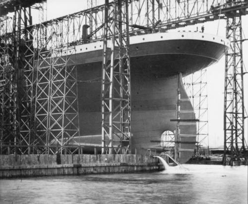 build_15_titanic.jpg