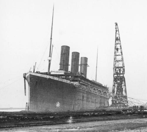 build_19_titanic.jpg