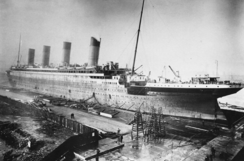 build_21_titanic.jpg