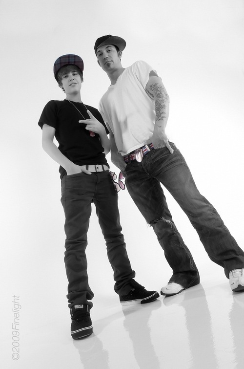 Justin-dad-Jeremy-justin-bieber-9357707-500-755.jpg